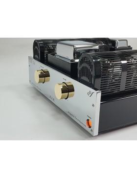 EAR 834 Amplificador Integrado Estérero a Válvulas